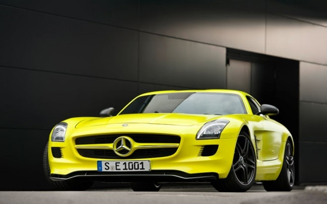 Mercedes Benz SLS AMG E Cell Prototype Front1 660x413