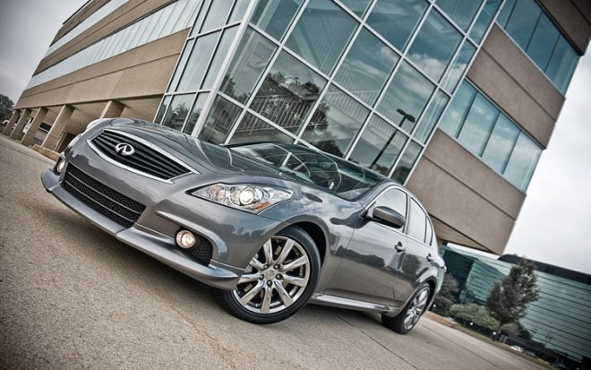2010 Infiniti G37 Journey Anniversary Edition Front Three Quarters1 660x413