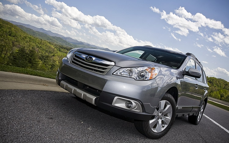 2010 Subaru Outback Front1