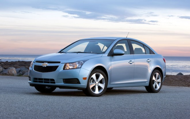2011 Chevrolet Cruze Driver Three Quarters2 660x413