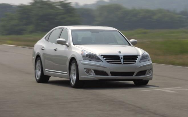 2011 Hyundai Equus Front Three Quarter1 660x413