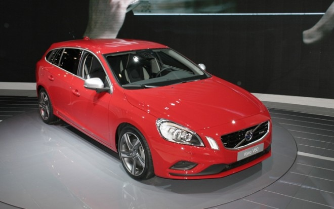 2011 Volvo V60 Front Three Quarter