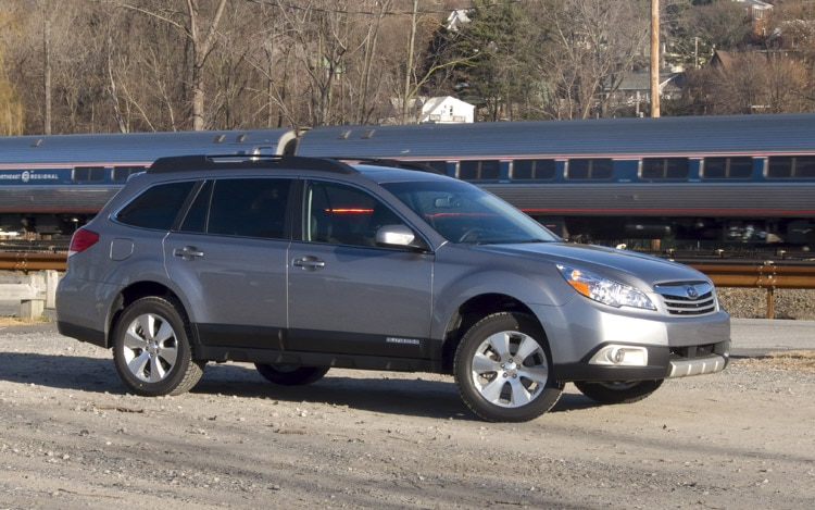 2010 Subaru Outback Side1