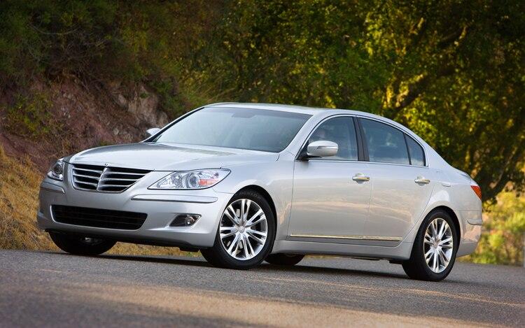 Confirmed Next Generation Hyundai Equus Genesis Sedan