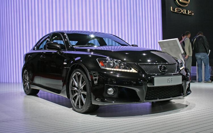 2011 Lexus IS F Front Three Quarter1