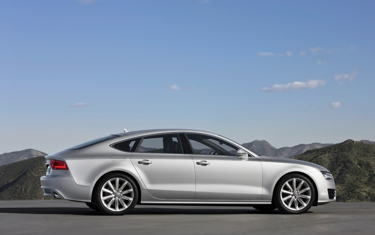 2011 Audi A7 Side View1