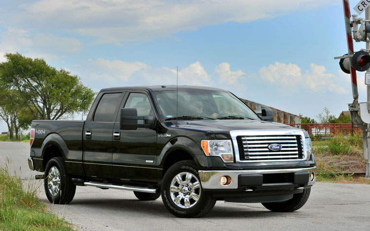 2011 Ford F 150 Front Three Quarter2