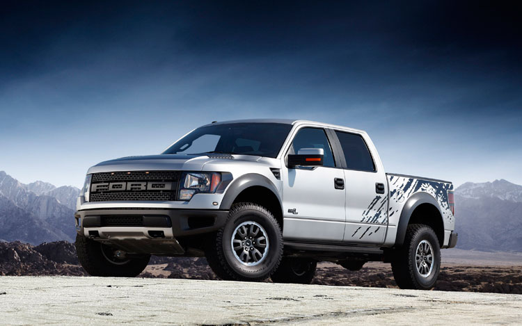 2011 Ford F 150 SVT Raptor Front Three Quarters Static