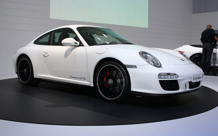2011 Porsche 911 Gts Coupe Front Three Quarter View