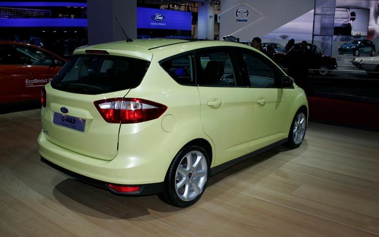 2012 ford focus prices specs reviews motor trend autos weblog. Black Bedroom Furniture Sets. Home Design Ideas