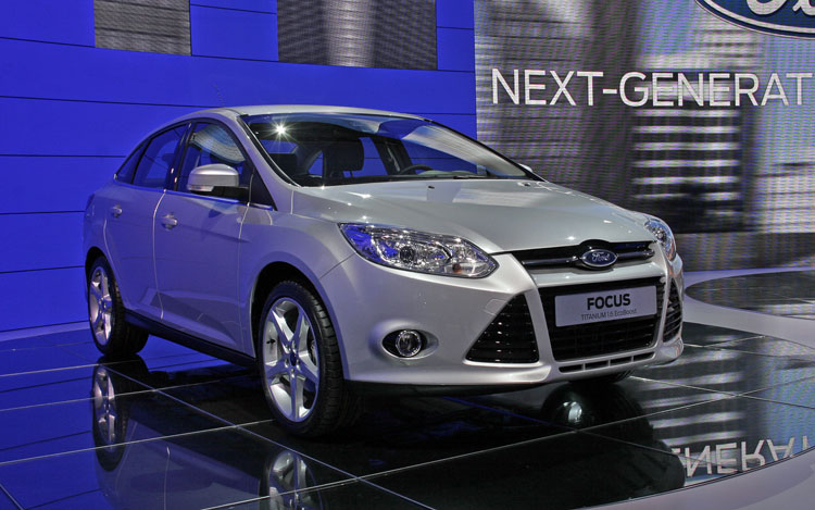 2012 Ford Focus Sedan Front1