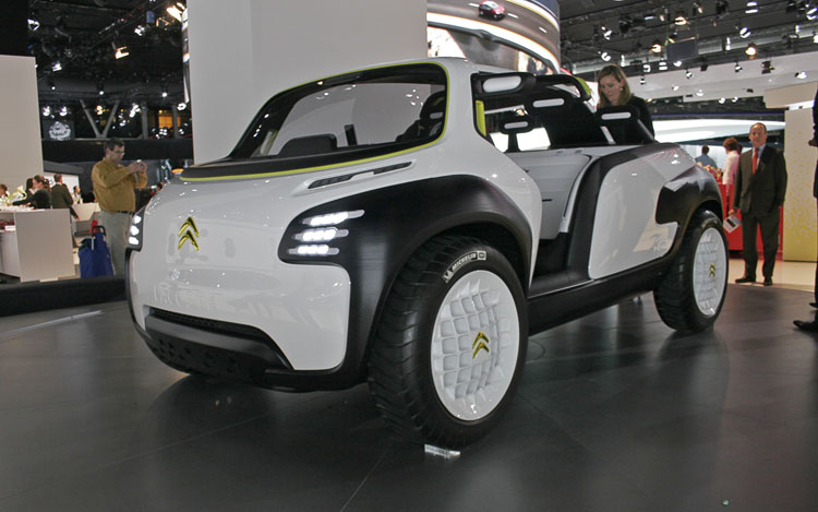 Citroen Lacoste Concept Front Three Quarters1