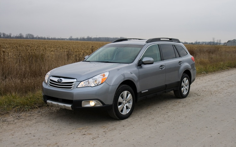2010 Subaru Outback Front Three Quarters Static
