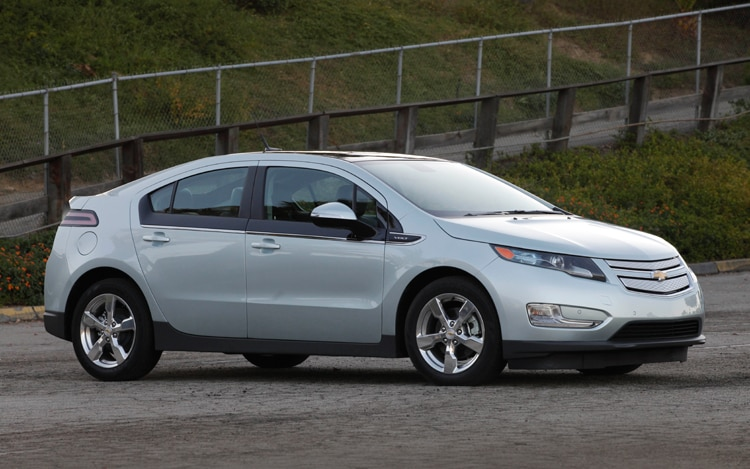 Chevrolet Volt Front Three Quarters Static