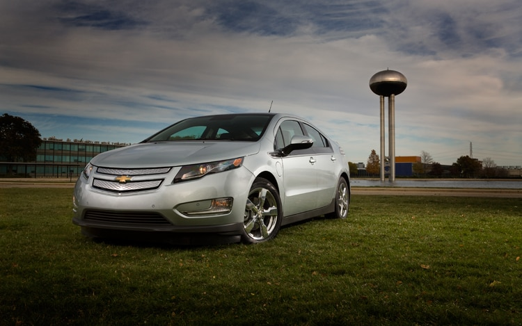Chevrolet Volt Front Three Quarters Static1