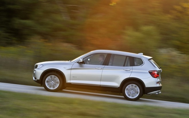 2011 BMW X3 Side View 660x413