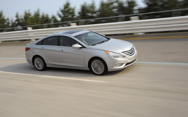 2011 Hyundai Sonata Turbo Side View1 660x413