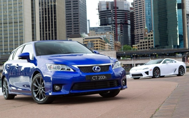2011 Lexus Ct 200h And Lfa