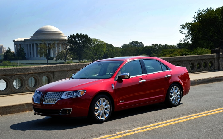 http://st.automobilemag.com/uploads/sites/11/2010/12/2011-lincoln-MKZ-hybrid-front-three-quarters-driver-view.jpg