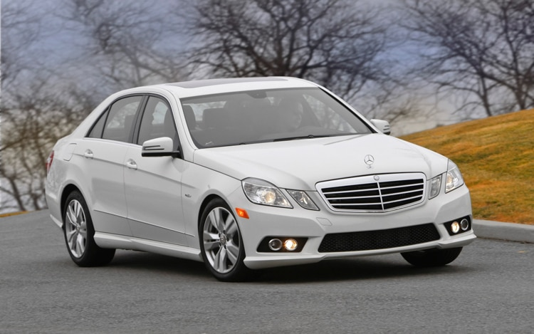 2011 Mercedes Benz E350 Bluetec Front Three Quarters Passenger