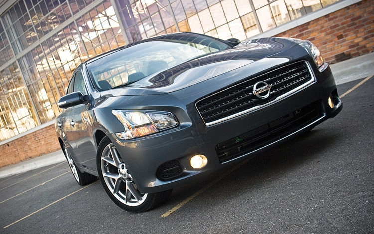 2011 Nissan Maxima 3 5 SV Front View Static