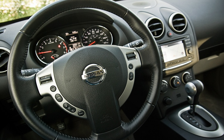 Tire Pressure Monitoring System >> 2011 Nissan Rogue SV - Automobile Magazine