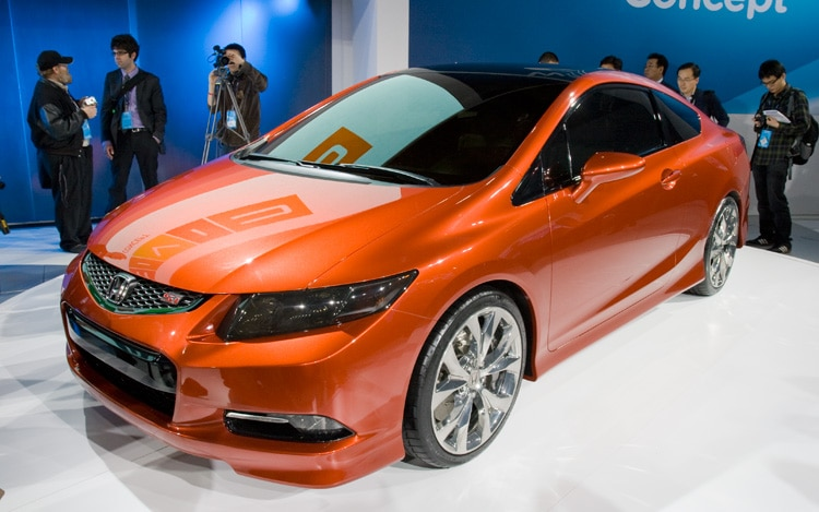 Honda Civic Coupe Concept Front Three Quarters View1