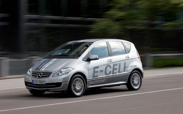 Mercedes Benz A Class E Cell Front Three Quarters Driver