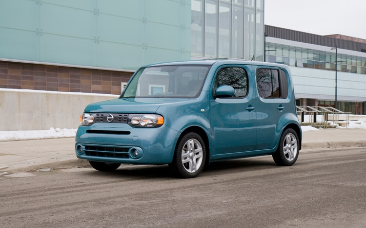 2009 Nissan Cube Front Three Quarters Driver