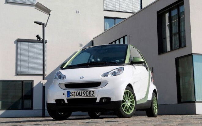 2010 Smart Fortwo Electric Drive Front View Static1 660x413