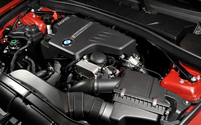 2011 BMW Four Cylinder 41 660x413