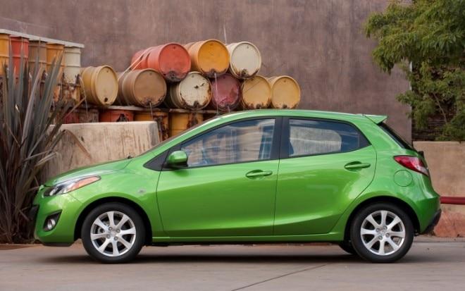2011 Mazda 2 Profile1 660x413