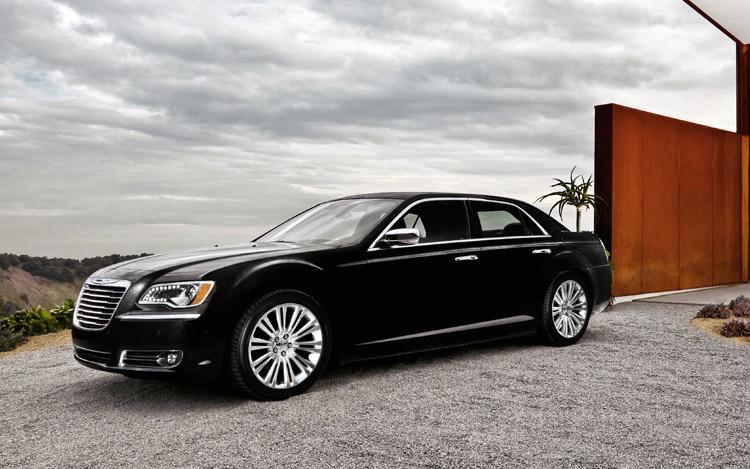 detroit 2011 chrysler reveals 2011 300 sedan. Black Bedroom Furniture Sets. Home Design Ideas
