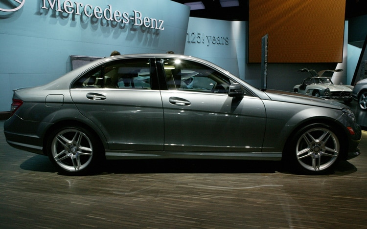 2012 Mercedes Benz C Class Side1