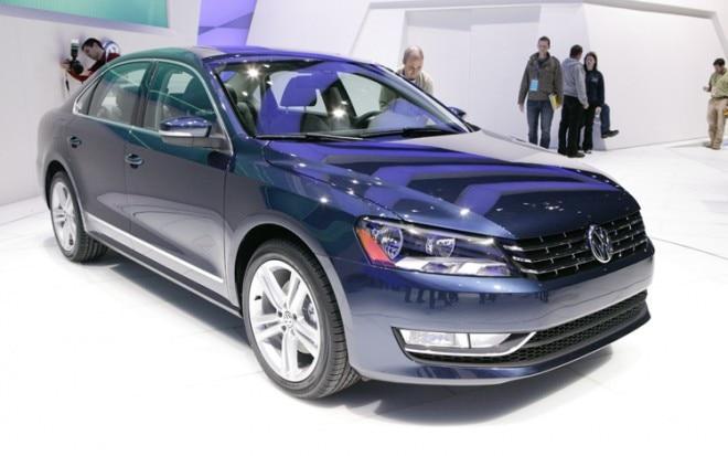 2012 Volkswagen Passat Front Three Quarters 660x413