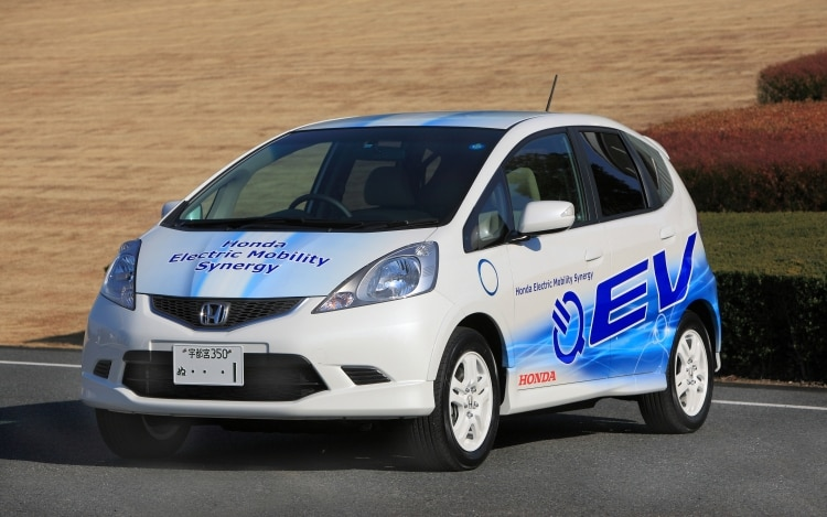 Honda launches ev plug in hybrid vehicle testing program for Honda fit electric