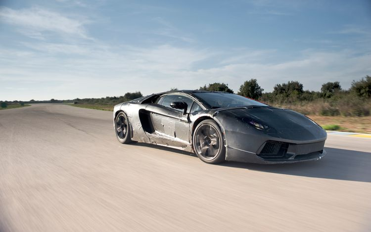 Lamborghini 83X Prototype Front Three Quarter In Motion1