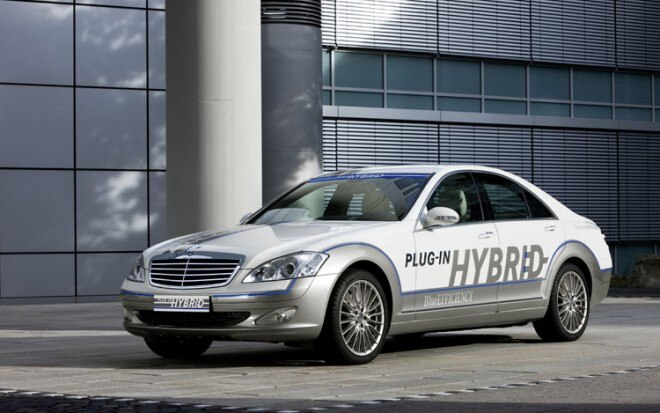 Mercedes Benz Vision S500 Plug In Hybrid Concept Front Three Quarter View1 660x413