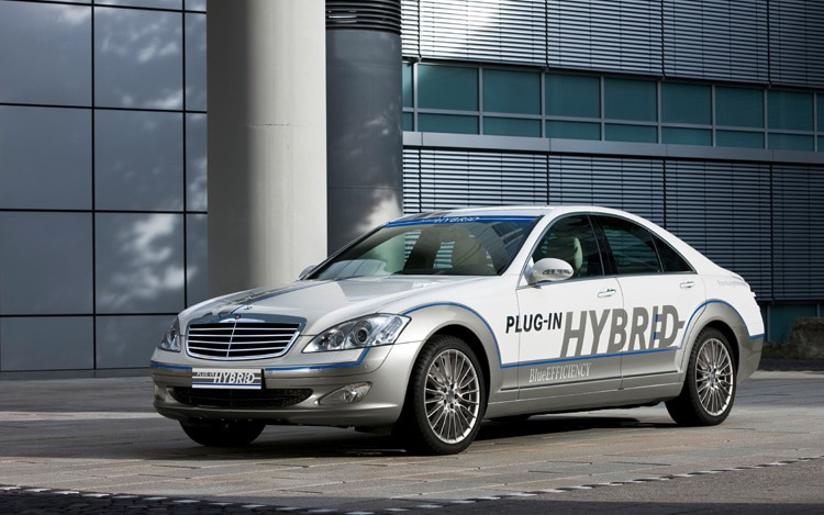 Mercedes Benz Vision S500 Plug In Hybrid Concept Front Three Quarter View1