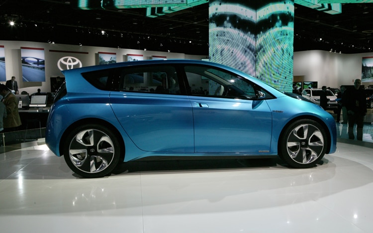 toyota prius c concept 2011 detroit auto show. Black Bedroom Furniture Sets. Home Design Ideas