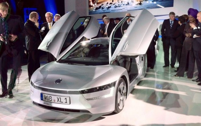 Volkswagen Xl1 Concept Front Three Quarters View1 660x413