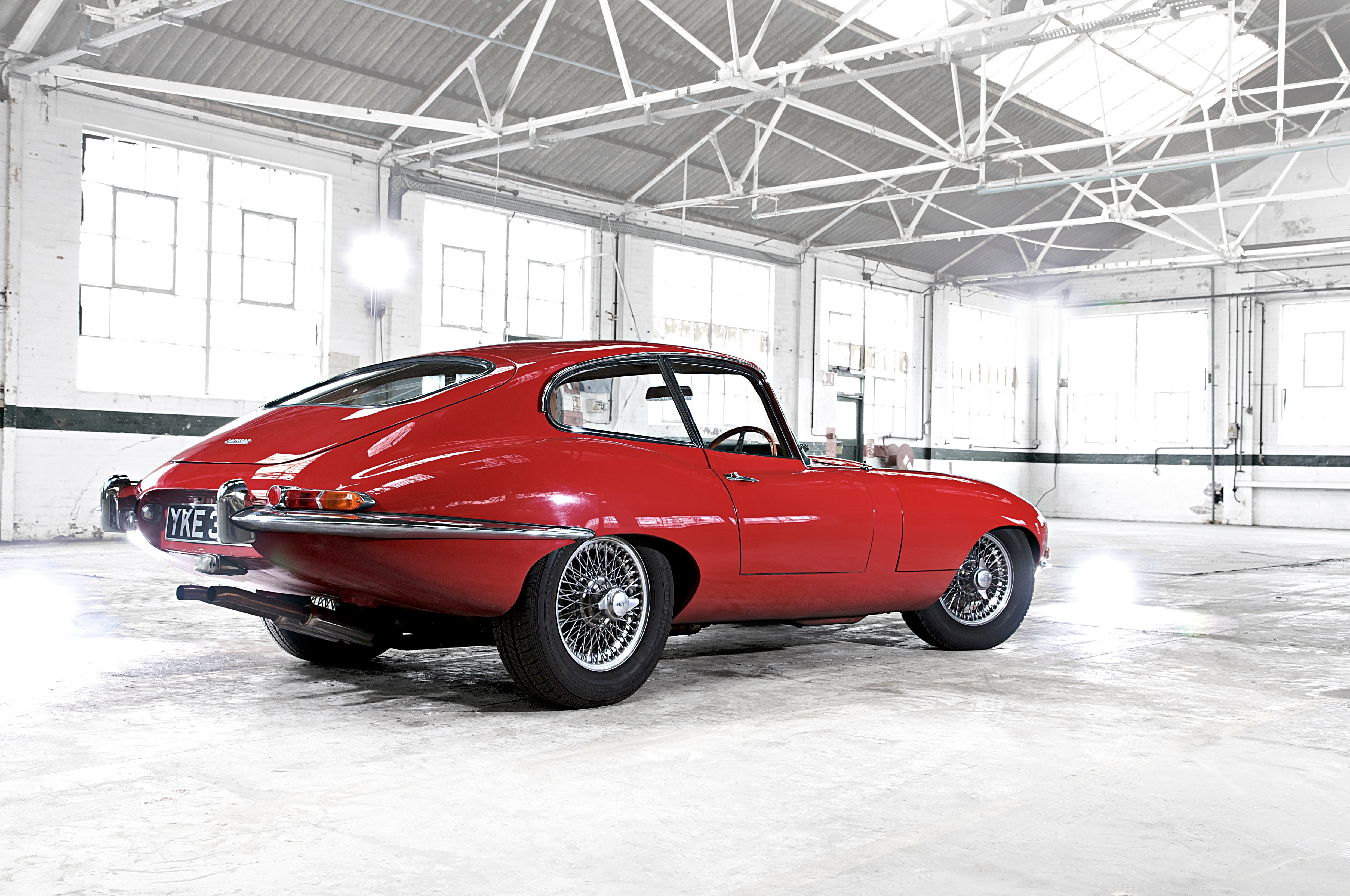1961 Jaguar E Type Rear Quarter1