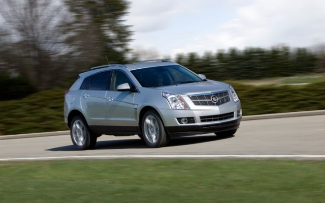 2010 Cadillac Srx Front Three Quarter View In Motion1 660x413
