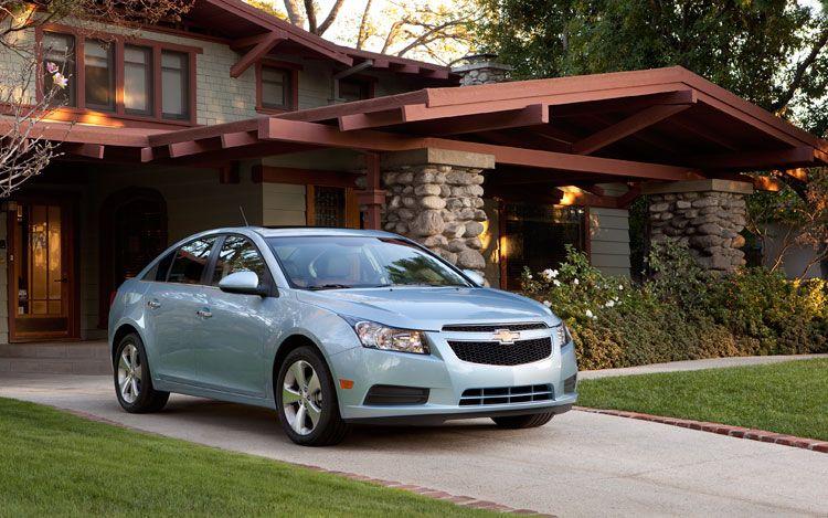 2011 Chevrolet Cruze Front End1