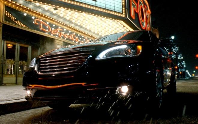 2011 Chrysler 200 Super Bowl Commercial 660x413