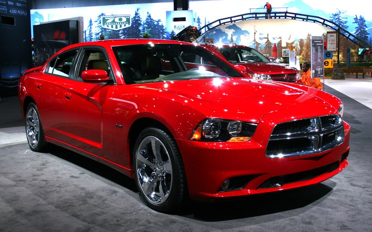 2011 Dodge Charger Rt Front Three Quarter1