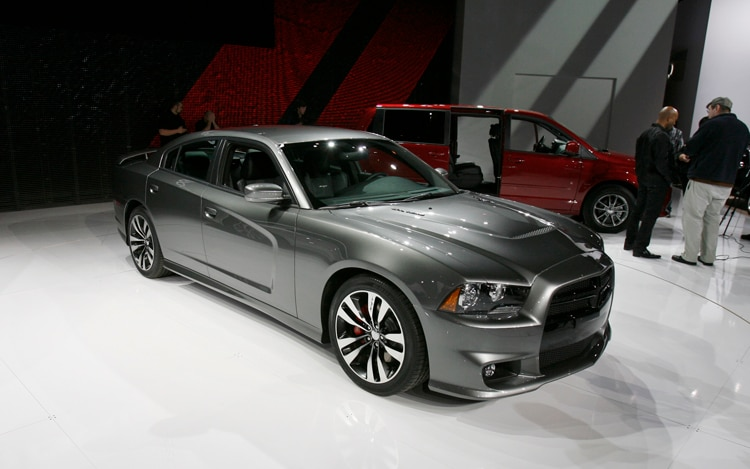 2011 Dodge Charger Srt8 Front Three Quarters View1