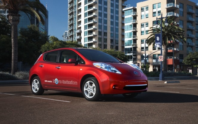 2011 Nissan Leaf Ev Front Three Quarter View