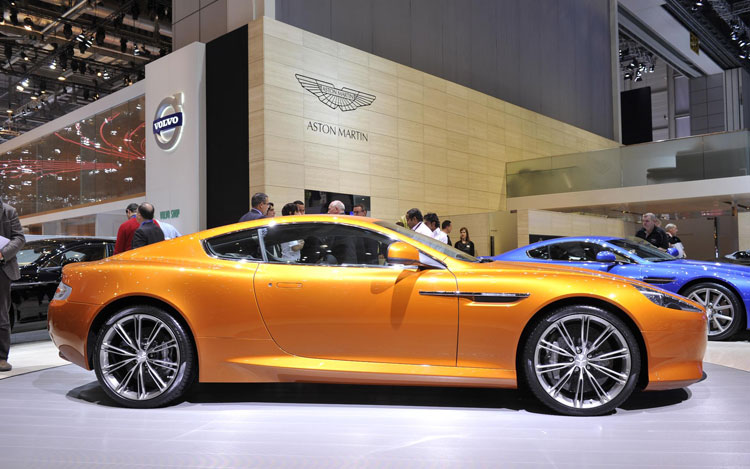 2012 Aston Martin Virage Side1