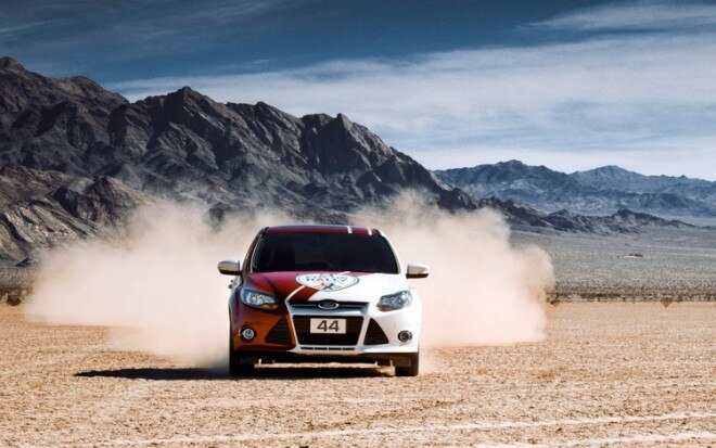 2012 Ford Focus Hatchback Rally Driving Front1 660x413